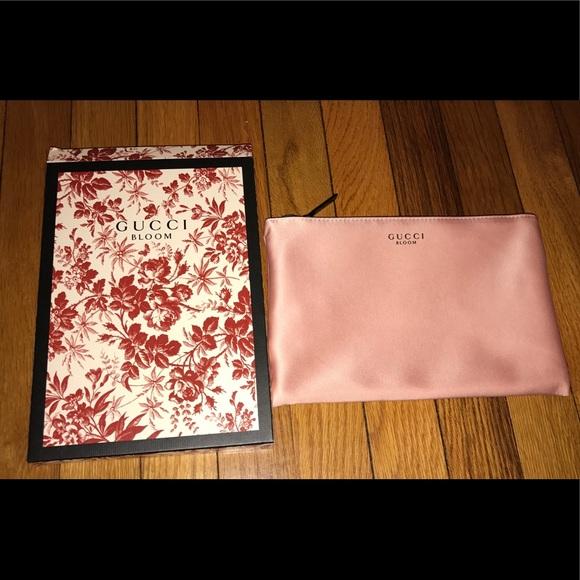 24e73a4f233 Gucci Bloom Pink Clutch Cosmetic Makeup Bag